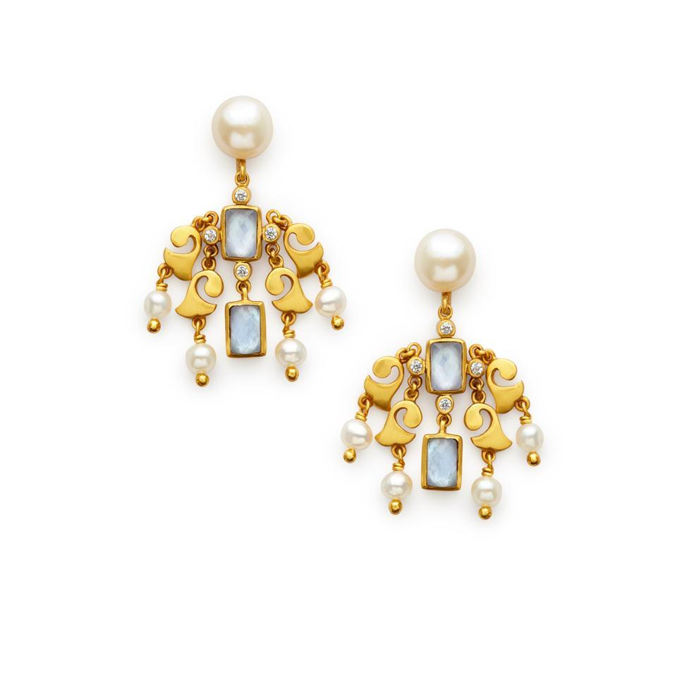 JULIE VOS CLARA GOLD/PEARL/IRIDESCENT CLEAR CRYSTAL CHANDELIER EARRINGS