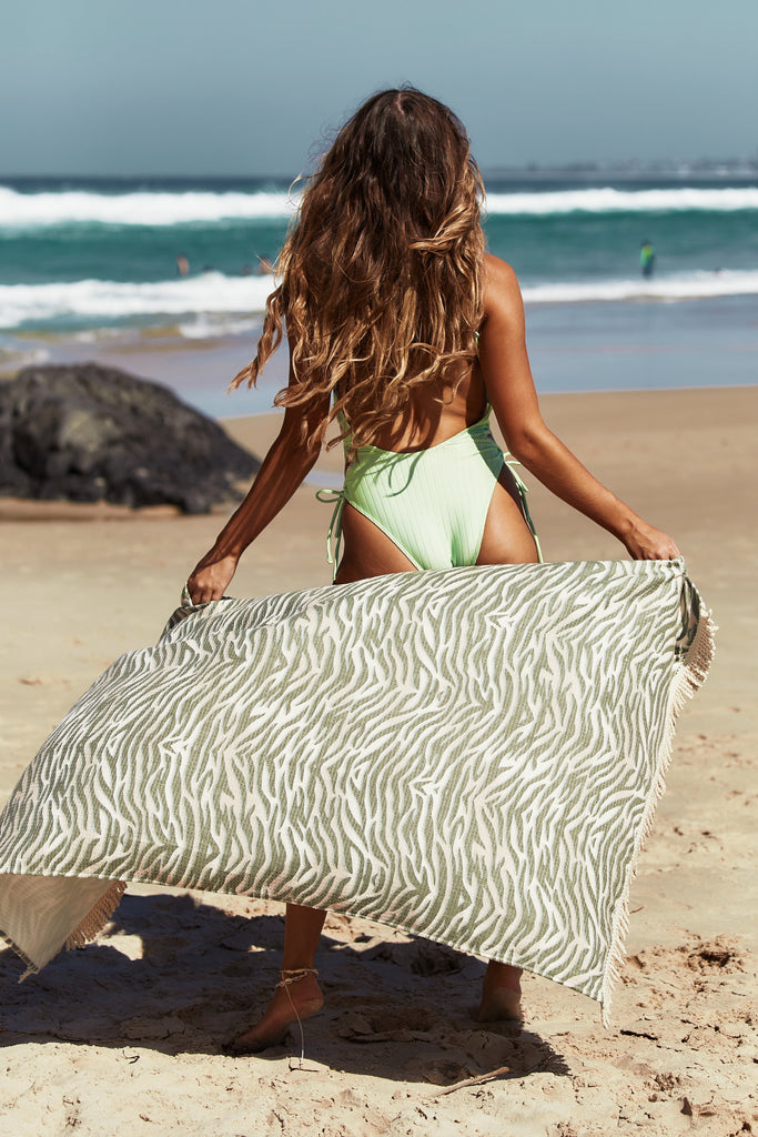 Sabi Sands Beach Towel Tiger Khaki