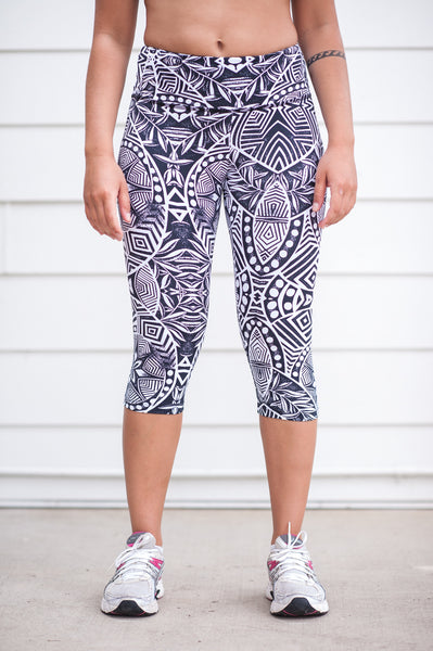 """Natural Mystic"" Performance 3/4 Legging - Trampoline Activewear"