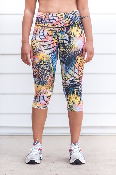 """Summer Vibes"" Performance 3/4 Legging - Trampoline Activewear"