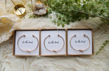 Load image into Gallery viewer, Knot Bracelet + Box