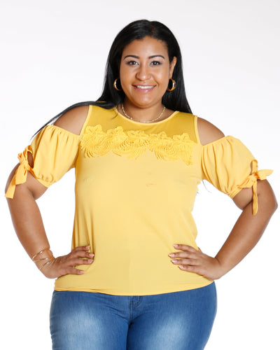AVAL Off Shoulder Flower Front Top