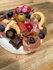 Mini Cam Christmas antipasto cake