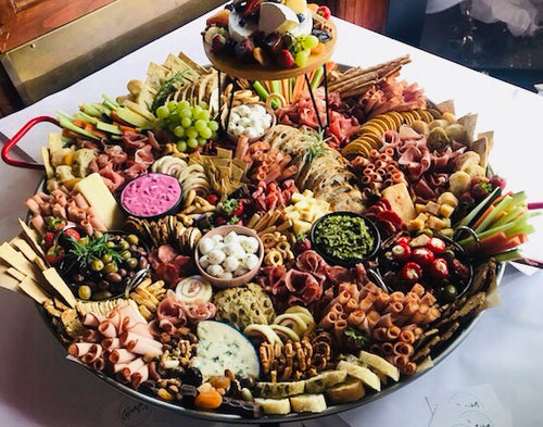 ULTIMATE GRAZING TRAY