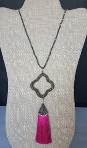Necklace With Clover Pink Tassel Pendant