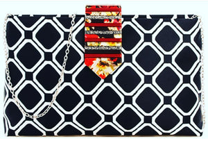 Trendy Modern Pattern Clutch With Chain In Black