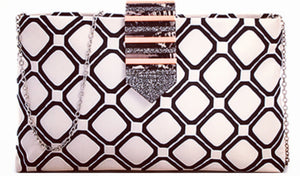 Trendy Modern Pattern Clutch With Chain