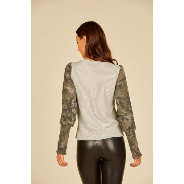 Balloon Sleeved Thermal Top With Camo Details
