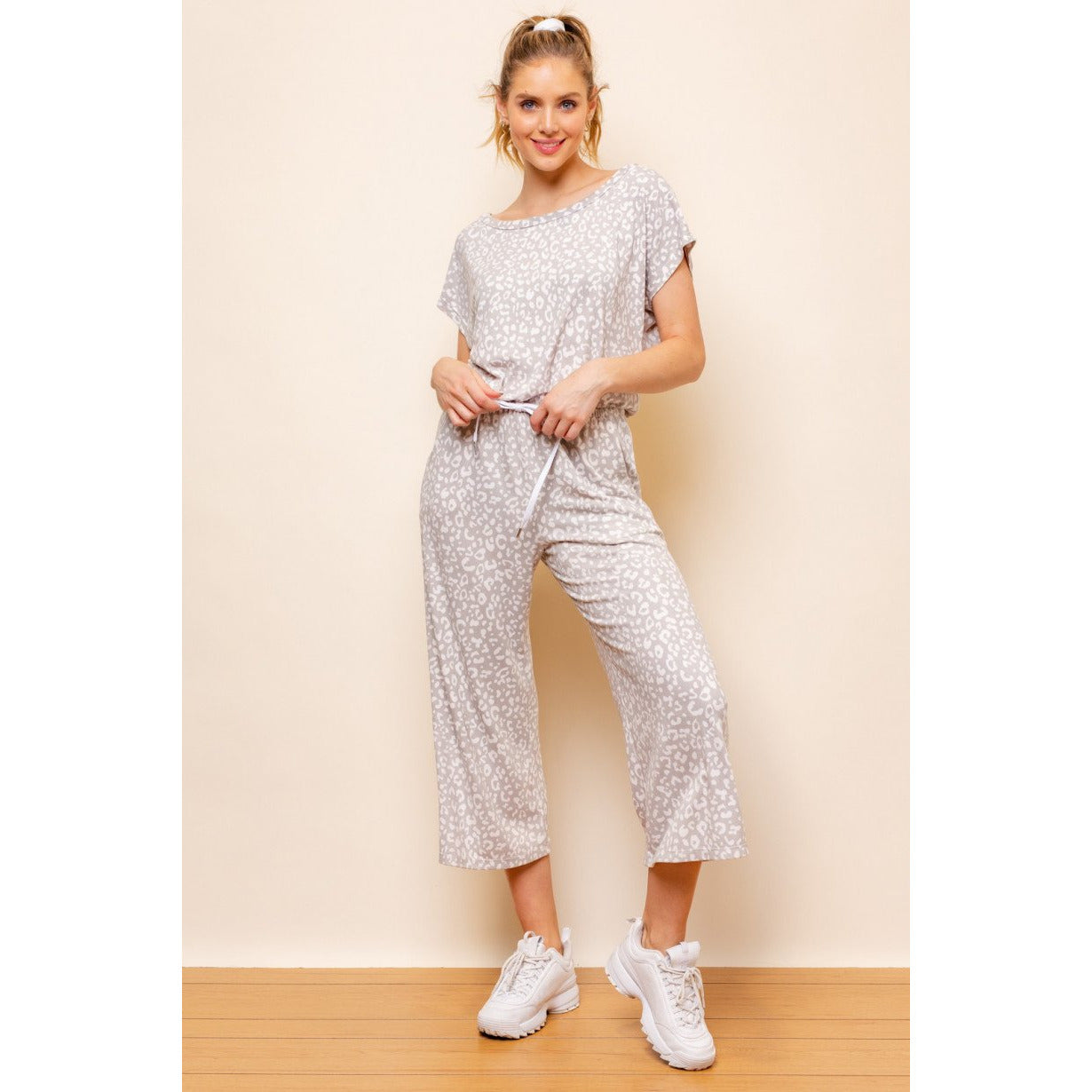 Dolman Sleeve Leopard Print Jumpsuit in Grey and White