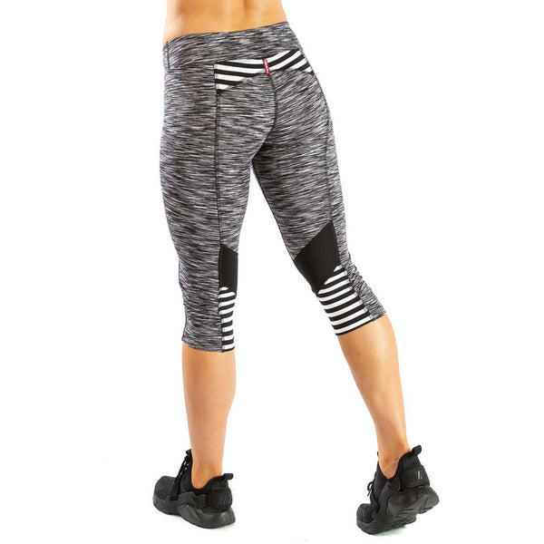 Tech Wear Jump Back Capri Legging