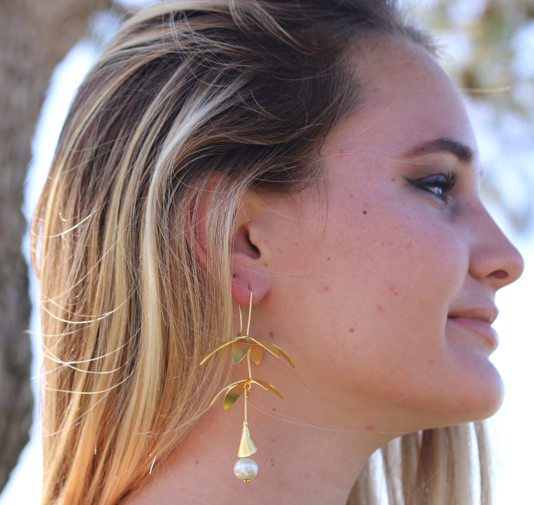 BOUGAINVILLEA HANDCRAFTED HOOK EARRINGS ROSE QUARTZ / MOTHER OF PEARL / CITRINE