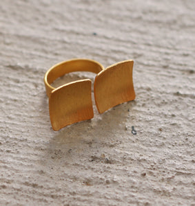 EQUAL 18K GOLD PLATED ADJUSTBLE RING