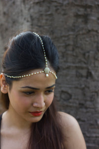 PEARL NIGHT FAUX PEARL HEAD CHAIN