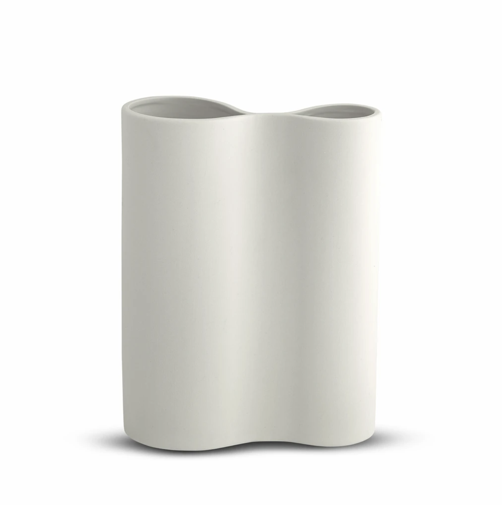 Shop Smooth Infinity Vase Snow (M) at Rose St Trading Co