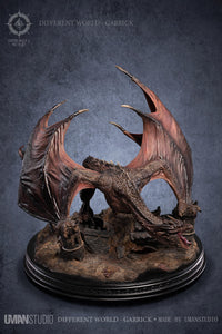 UMAN Studio Dragons from a Different World - Garrick Statue