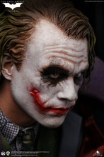 Queen Studios Heath Ledger Joker (The Dark Knight) 1:4 Scale Statue