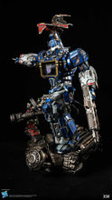 XM Studios Soundwave (Transformers) 1:10 Scale Statue