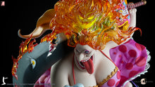 LAST SLEEP Studio Big Mom Charlotte Linlin (One Piece) Statue (2 Versions)