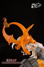 Mecca Studio Charizard vs Dragonite (Pokemon) Statue