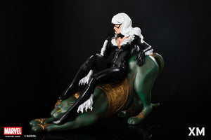 XM Studios 1:4 Scale Black Cat