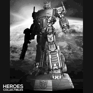 XM Studios 1:20 Scale Transformers Optimus Prime