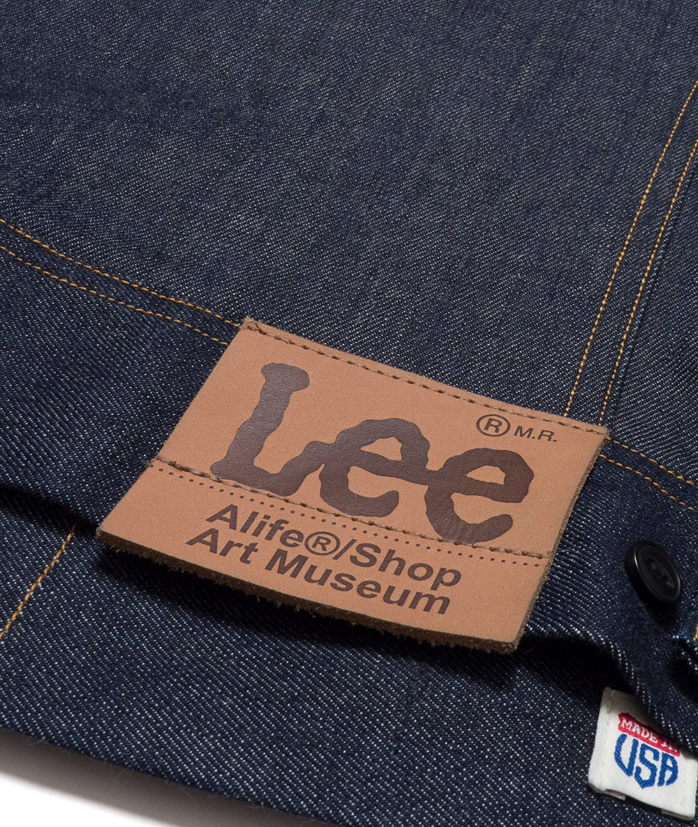 Alife/Lee 101 Rider Jacket in Rigid close up view