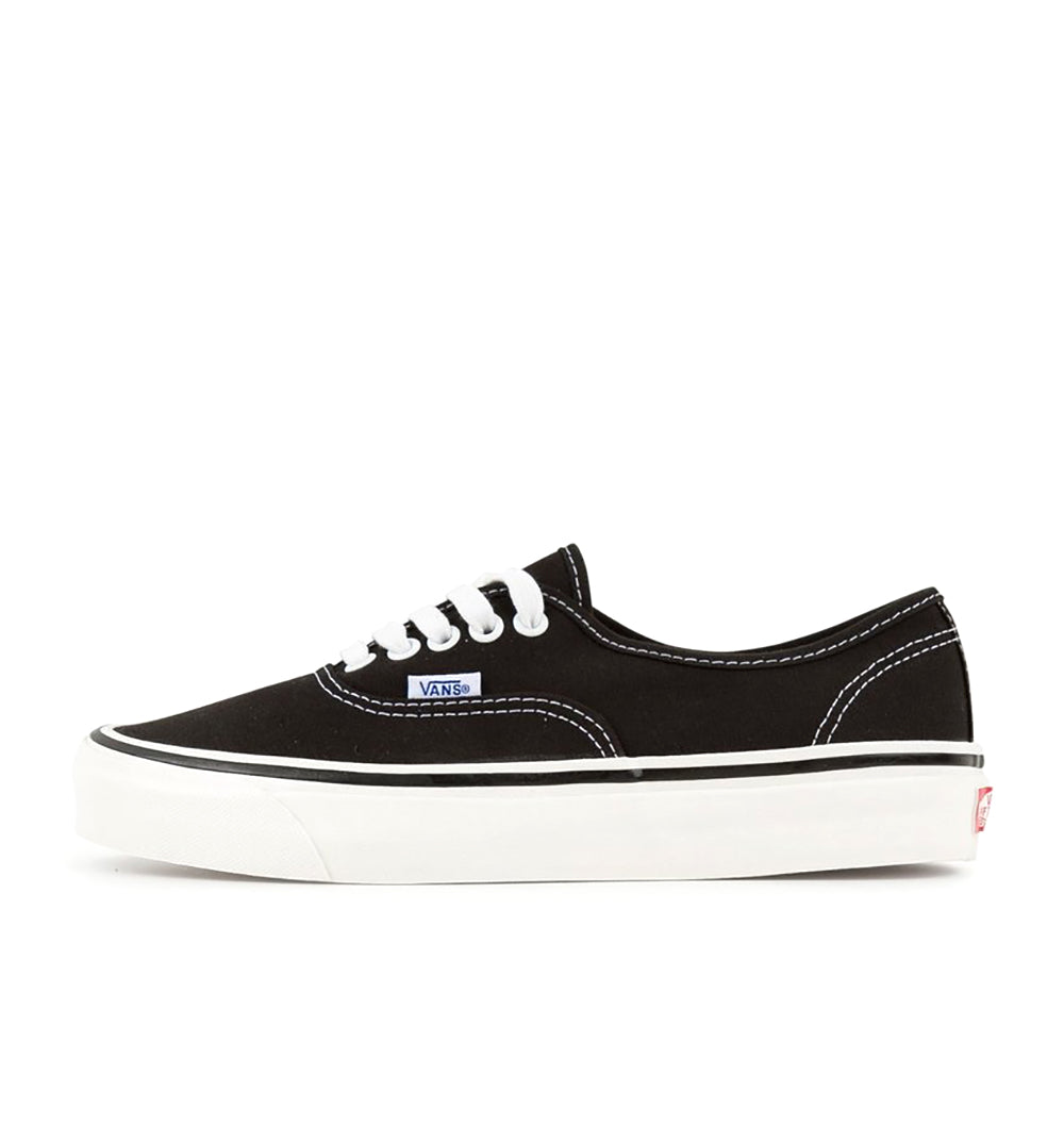 Vans Authentic 44DX - Black