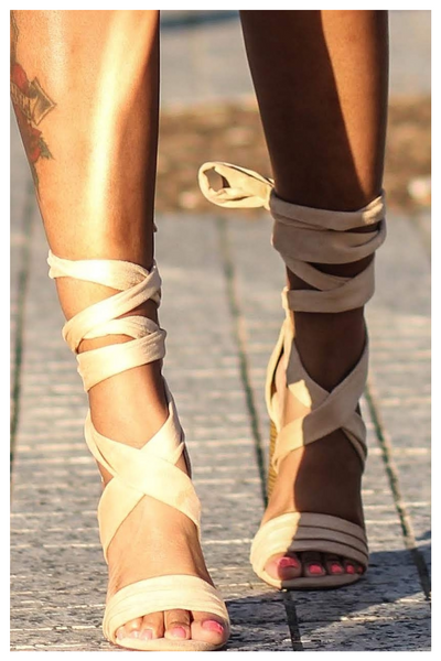 """TIE ME UP"" criss cross chunky heel in nude"