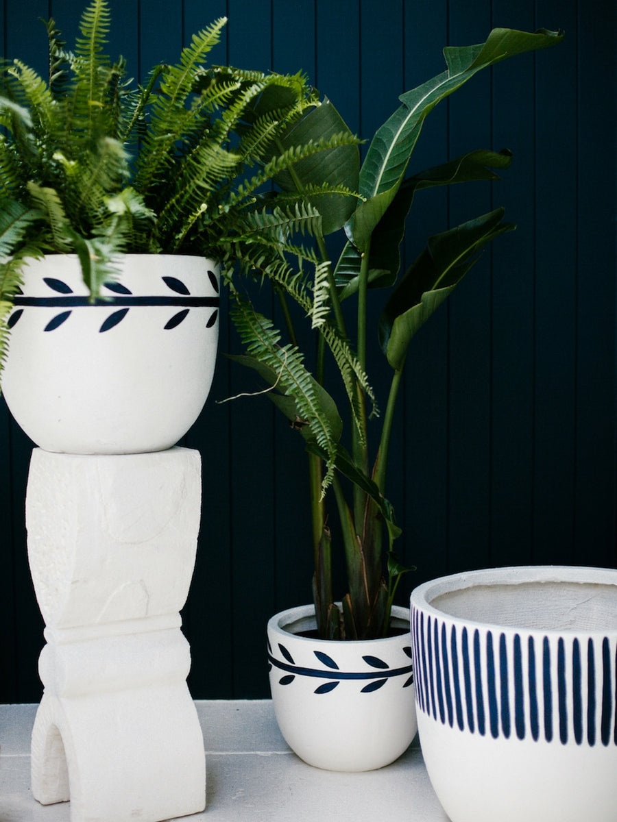 Pop-and-Scott-indigo-folk pots