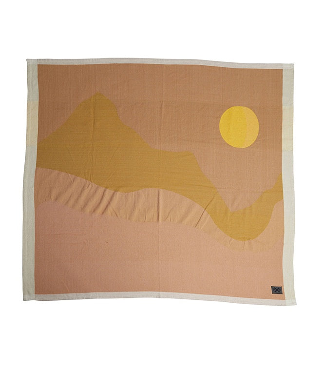 Pony Rider Mountain Calling Travel Throw Multi/Dusty Pink 170cm x 155cm - The Artisan Storeroom