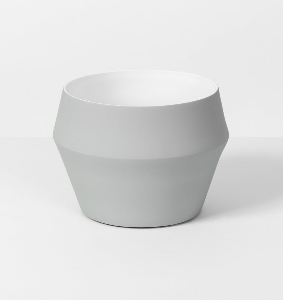 Romo Planter Grey Medium