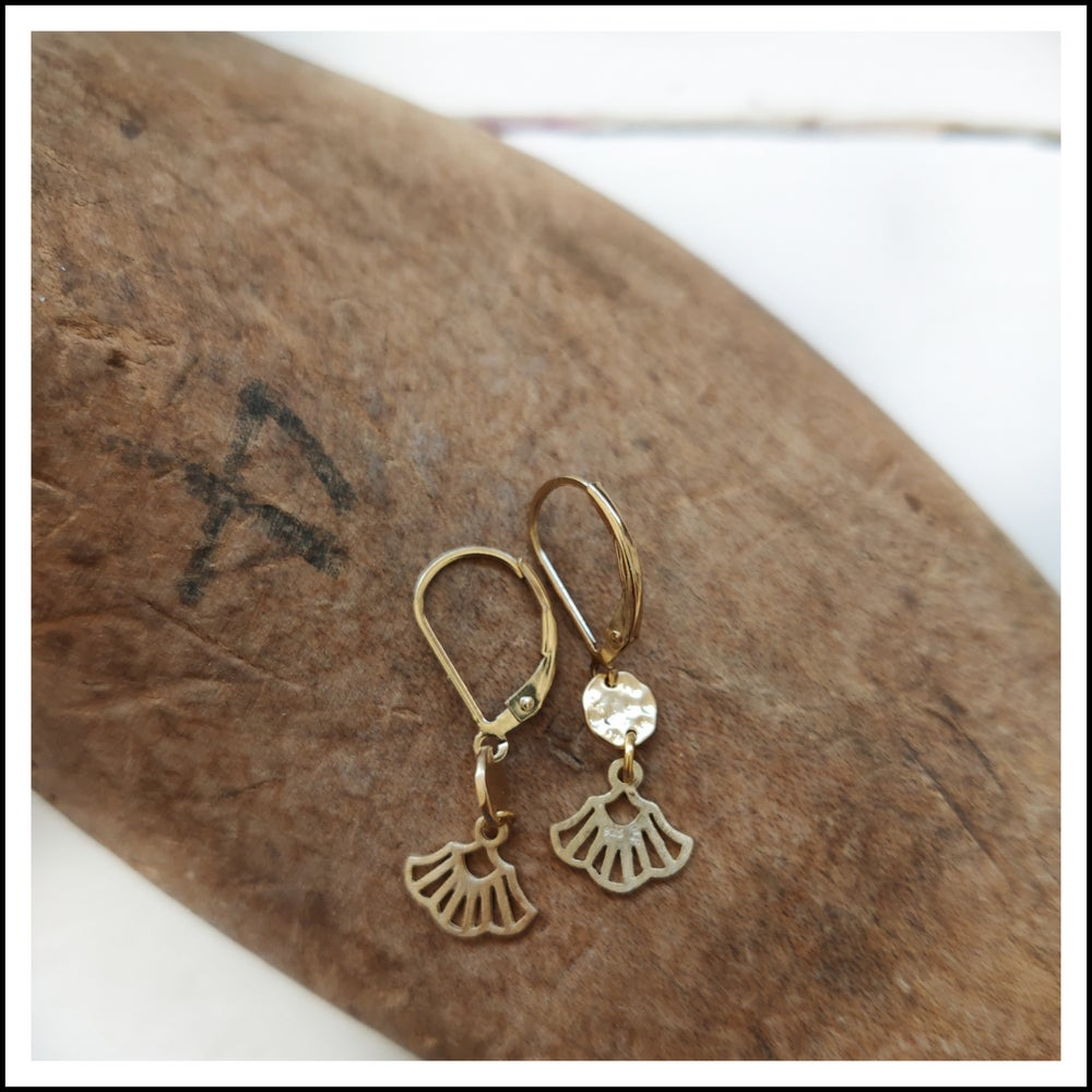 Paird Mermaid Tail Earrings - The Artisan Storeroom