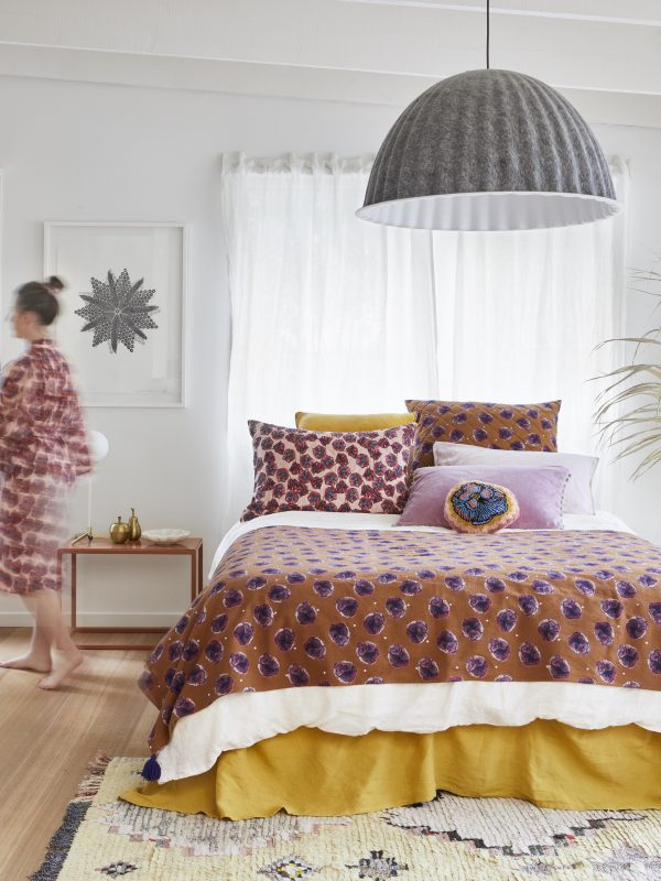 Lumière Art & Co. Pansy Throw - The Artisan Storeroom