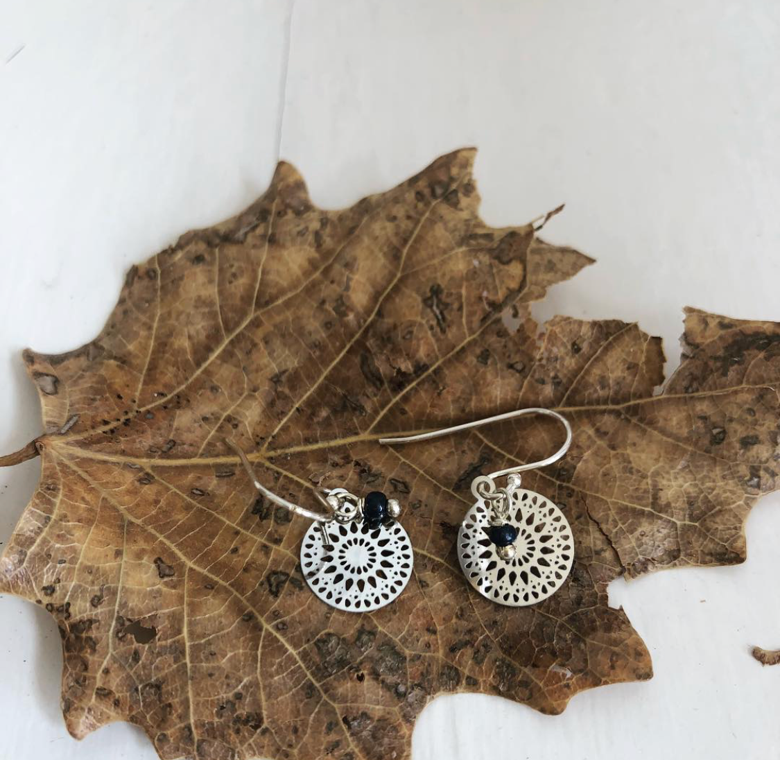 Paird Lace Filigree Earrings - The Artisan Storeroom