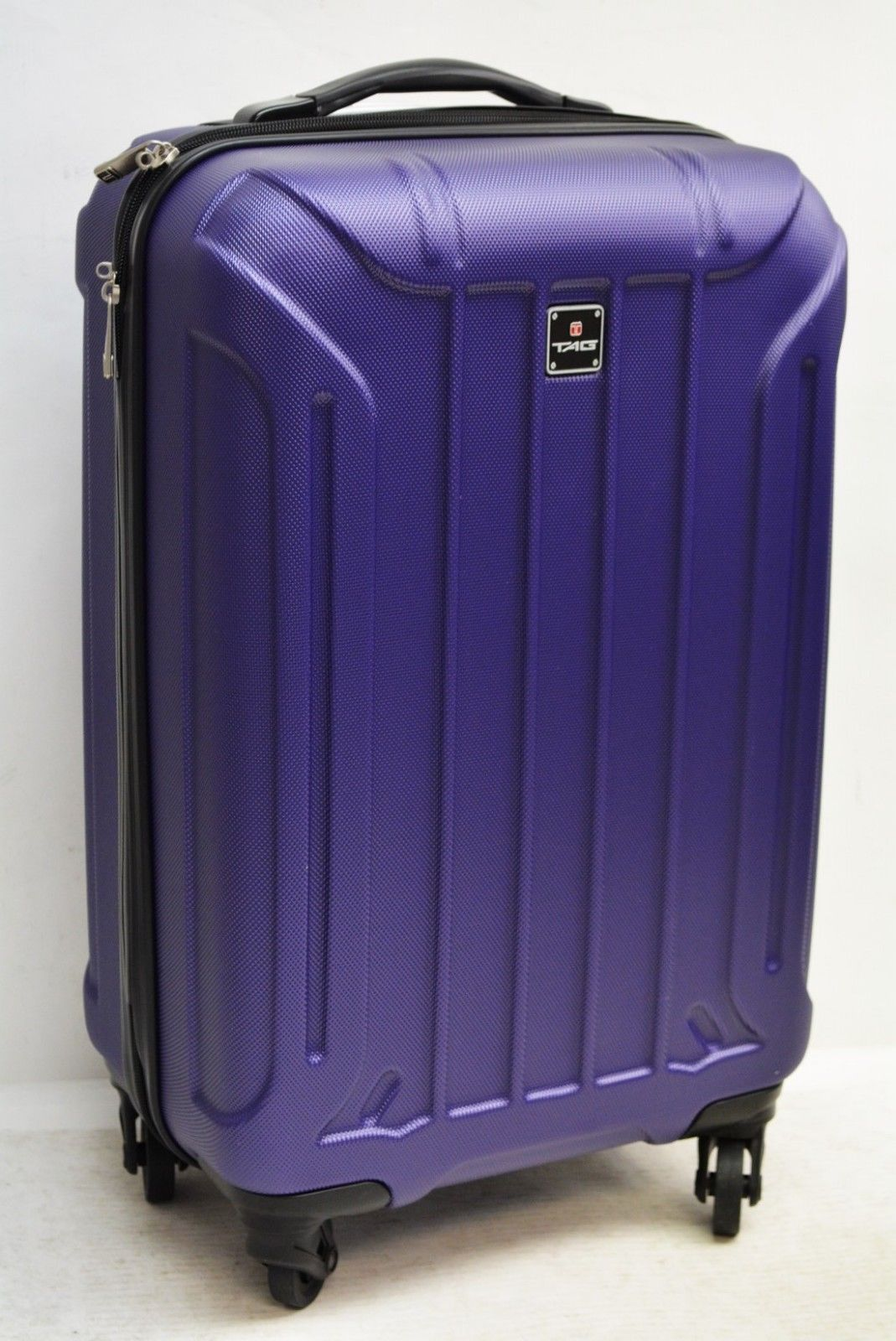 $440 TAG Laser 20'' Hard Case Carry On Spinner Luggage Travel Suitcase Purple