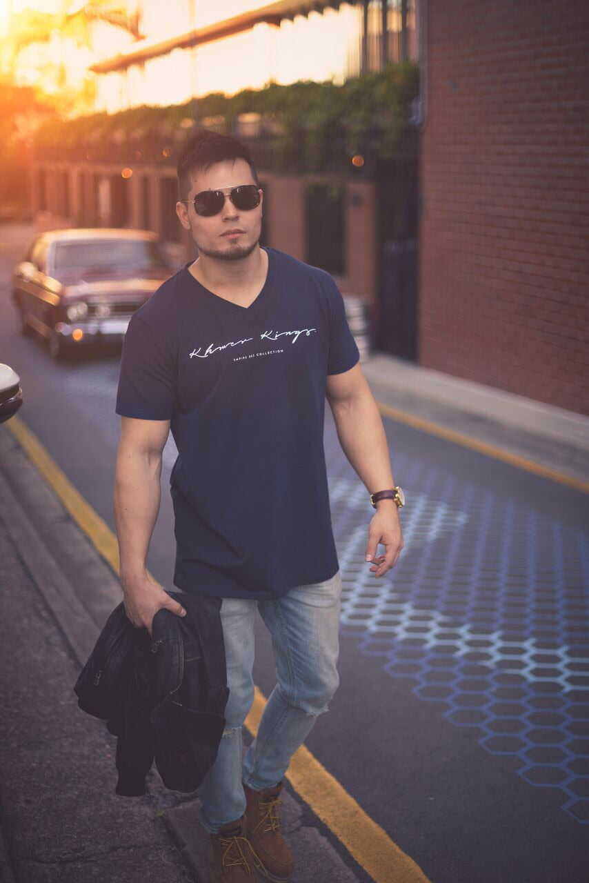 Signature V Neck Tee Navy Blue