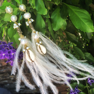 Natural Pearl & Ostrich Feather Earrings White