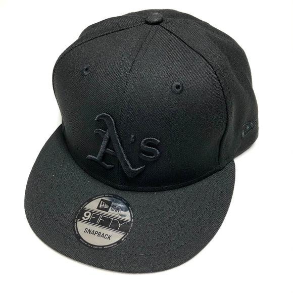 "NEW ERA ""BASIC"" OAKLAND A'S SNAPBACK (BLACK/BLACK)"