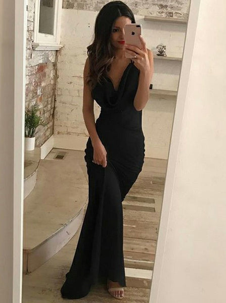 Mermaid Deep V-Neck Backless Black Prom Dress With Train, PD0593