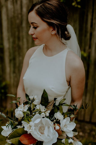 products/grandmothers-house-was-the-perfect-venue-for-this-lush-west-chester-pennsylvania-wedding-sarah-b-photography-17-700x1050.jpg