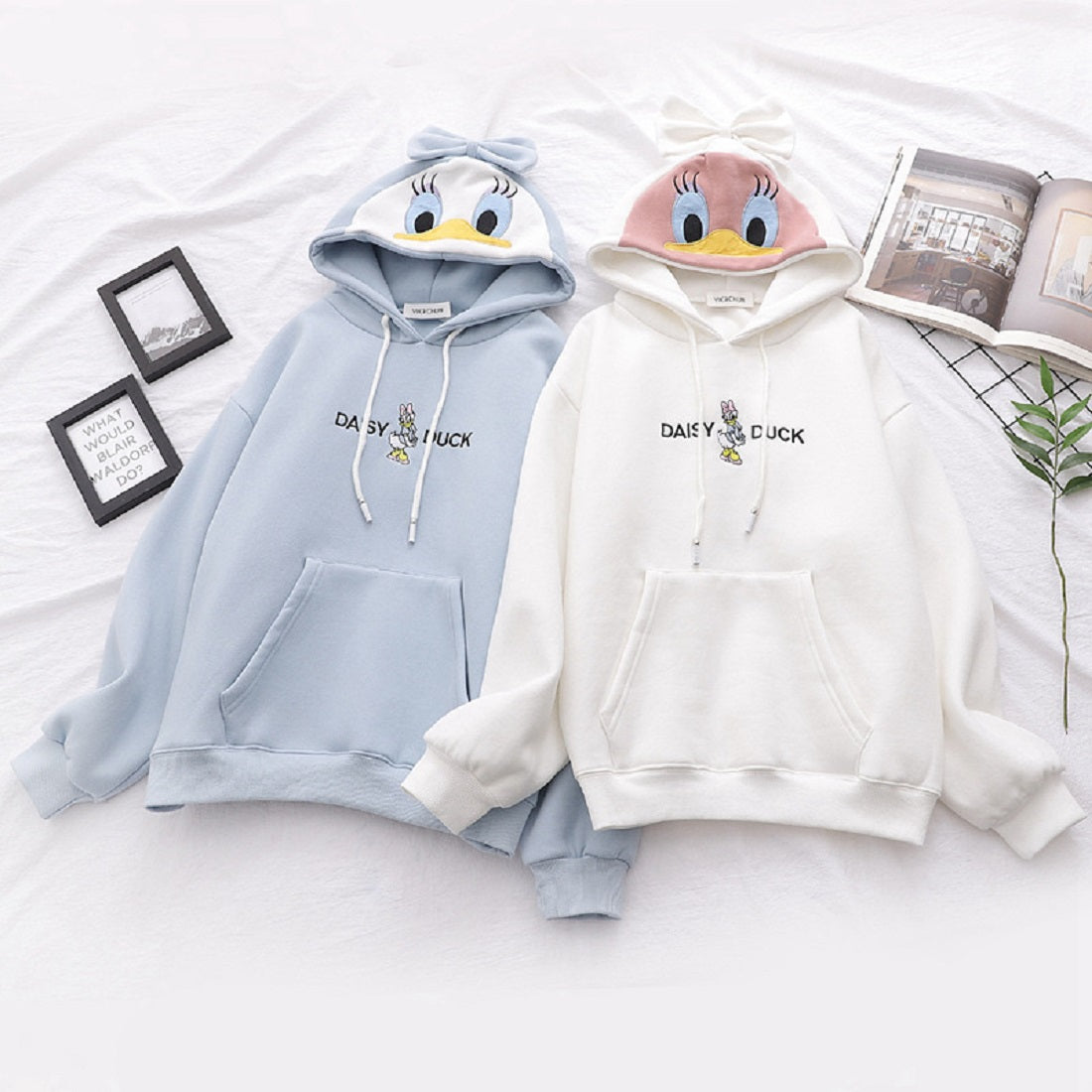 CORIRESHA Cartoon Bow Duck Hoodie