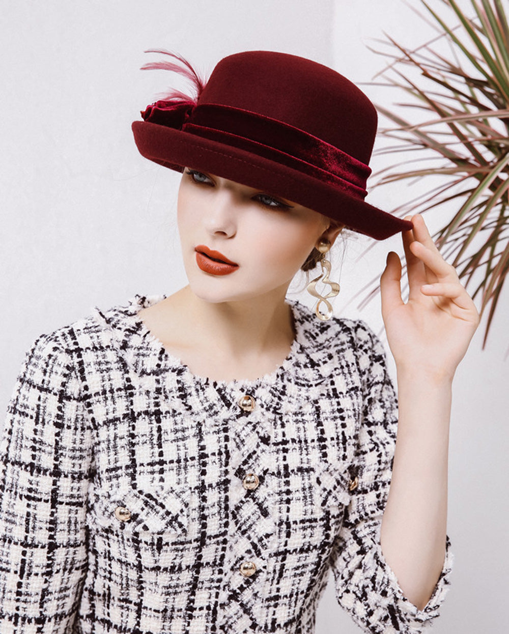 CORIRESHA Felt Flowers Church Bowler Hat