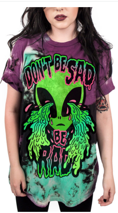 Alien Crying T-shirt
