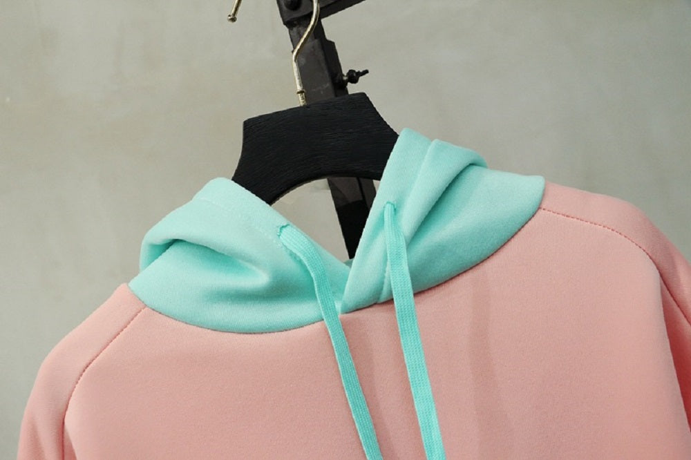 CORIRESHA Pink Color Block Cat Print Hoodie