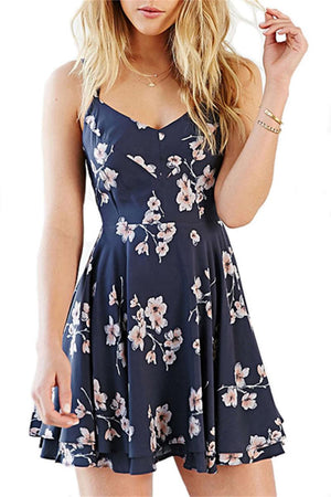 CORIRESHA Vintage Floral Crisscross Back Dress