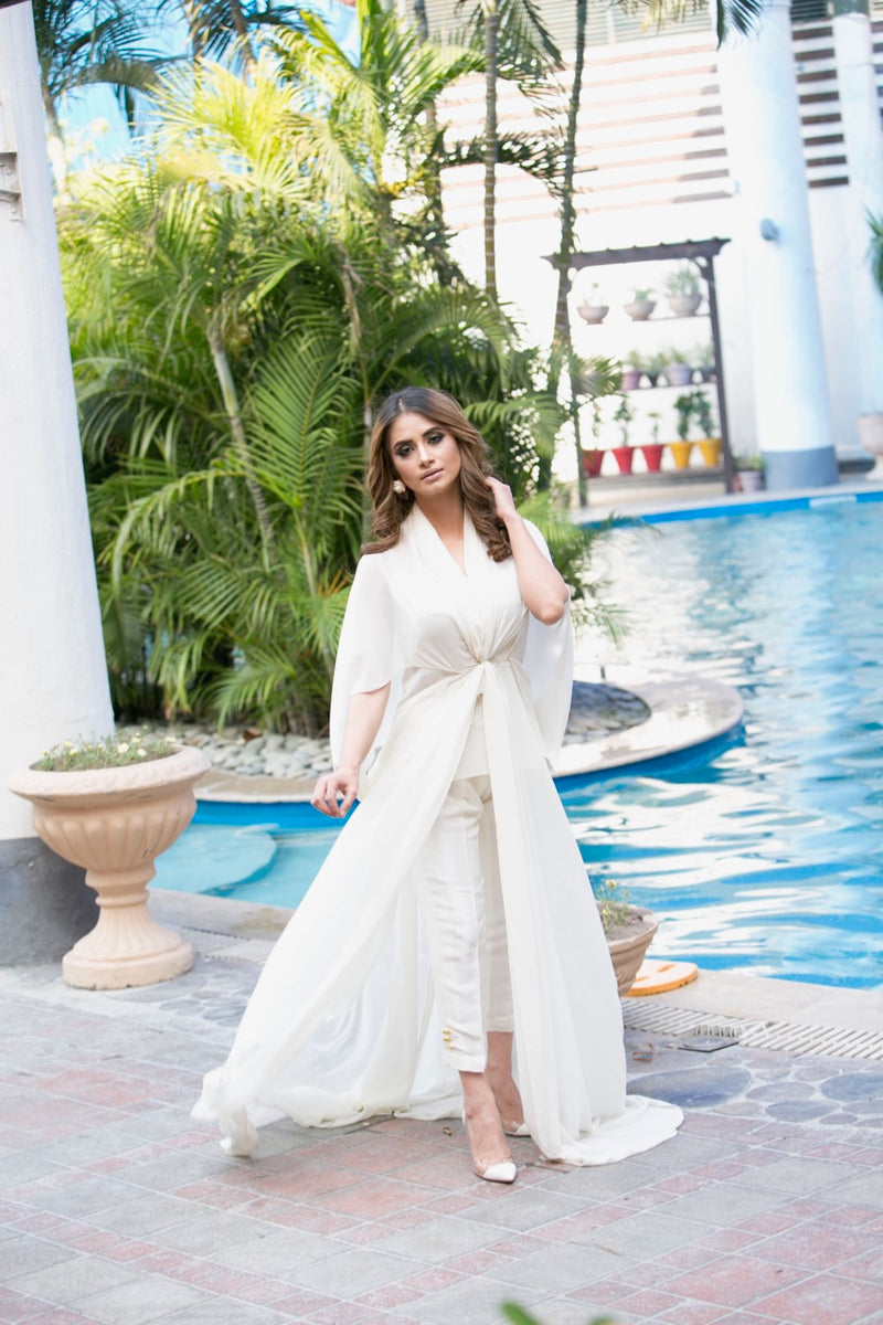White Knotted Kaftan