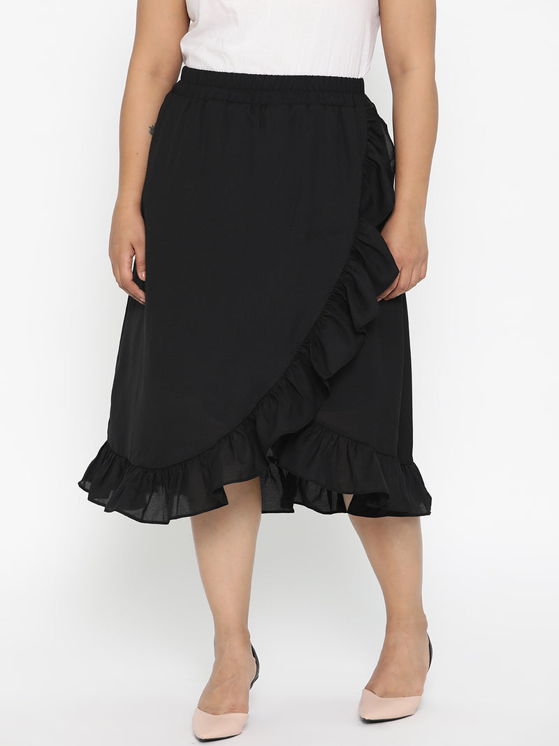 Black flared skirt with lining