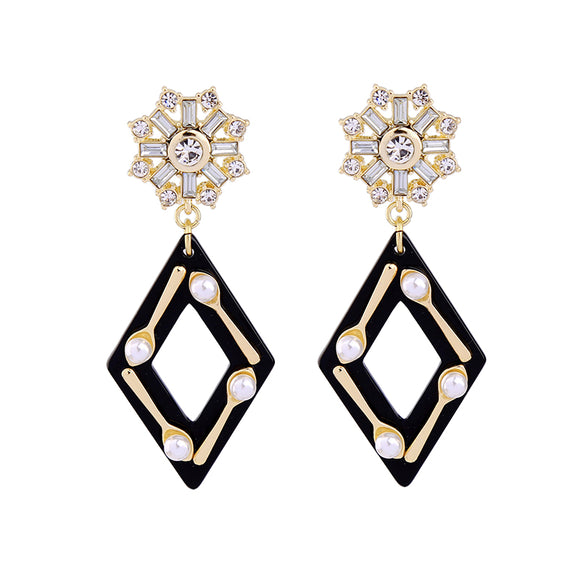 ATHENA 2018 Geometric Black Resin Spoon Pearl Clear Crystal Star Dangle Earrings