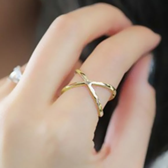 2017 fashion of the new X thermal model of finger gelenke women  surrounding three-dimensional hollow ring cross hot fashion in