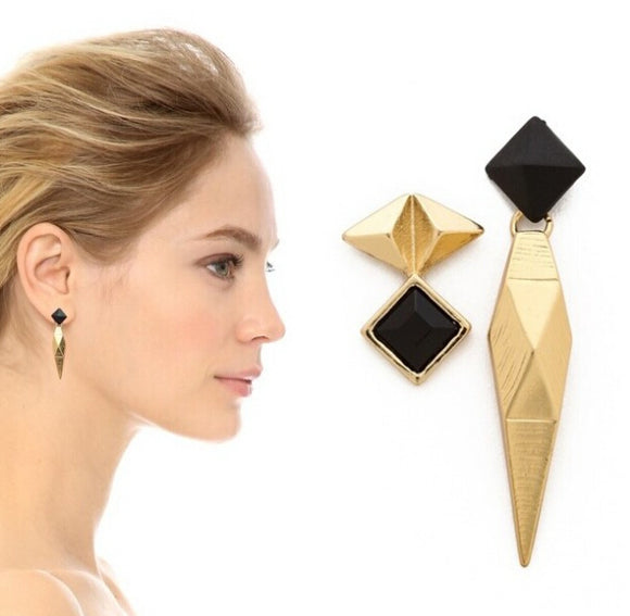 ATHENA 2018 New Arrival Acrylic Trendy Zinc Alloy Hot Sale Geometric Fashion Personality High Quality Retro Asymmetrical Earrings For